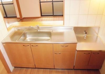 【キッチン】ラルジュ