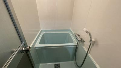 日々の暮らしに欠かせないお風呂です。コンパクトでお掃除もらくらくです。