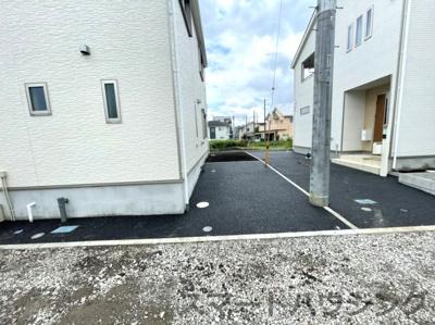 駐車スペースもあります。 2台駐車可能です。