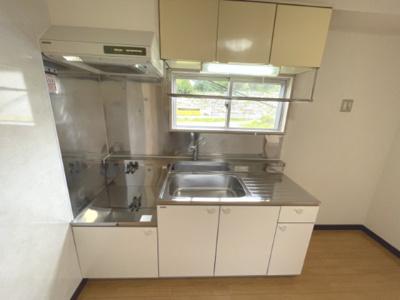 シングルレバー水栓のキッチン