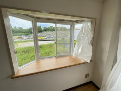 出窓のある角部屋です