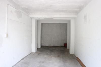 【駐車場】西丸山町3丁目堀込車庫付き戸建