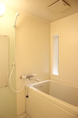 【浴室】西丸山町3丁目堀込車庫付き戸建