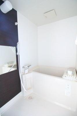 【浴室】サンマリン海岸通