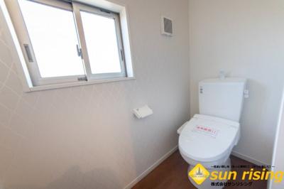 【トイレ】立川市一番町2丁目 新築戸建 全1棟
