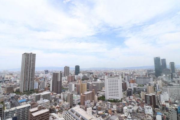 【眺望】高層階からの眺望をお楽しみください♪3駅3路線利用可能で交通利便性良好です!