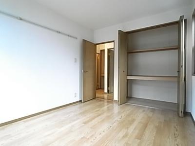 【寝室】エバグリーンハイツA棟