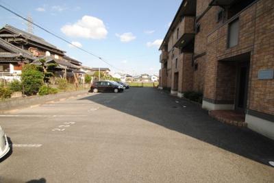 【駐車場】ドミールパークⅡ