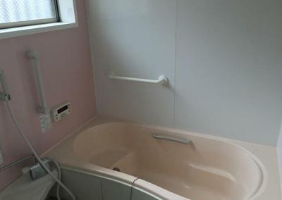 【浴室】緑が丘貸家