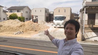 現地です。 ナビゲーターむらちゃんがご案内します。 新築戸建の事はマックスバリュで住まい相談へお任せください。