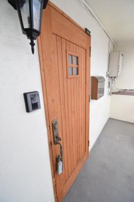 オシャレな玄関ドア!