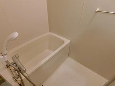 【浴室】グリーンパーク田園15号棟
