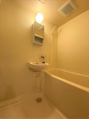 浴槽と一緒ですが、その分居室分が広く使える間取になっています。