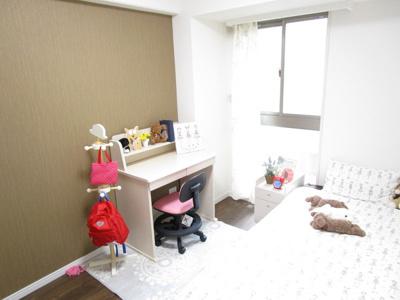 クローゼット付洋室4.6畳。子供部屋!