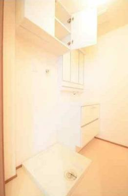 室内洗濯機置き場・独立洗面台