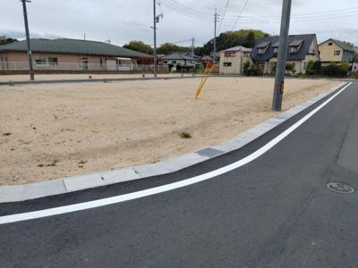 【前面道路含む現地写真】鳥取市布勢分譲地 4号地