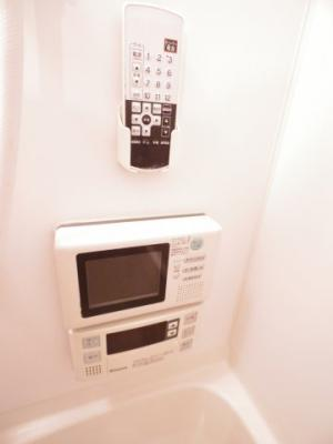 浴室TV付 ※同建物ほかのお部屋の写真です。
