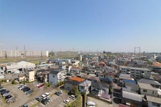 バルコニーからの眺望です♪11階部分からの素晴らしい眺望が独占できます!!