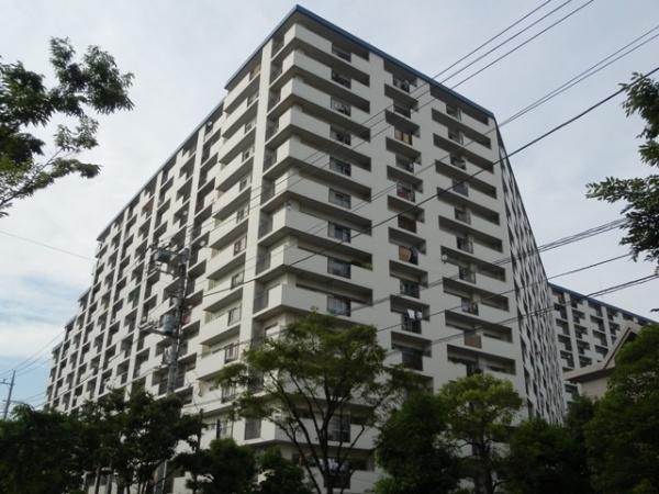 新規内装リフォーム 閑静な住宅街 394戸のビッグコミュニティ 管理体制良好 窓が多く開放的なお部屋