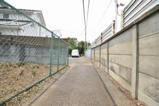 小田急線「成城学園前」駅から徒歩13分!田園都市線「二子玉川」にもアクセス可能です。