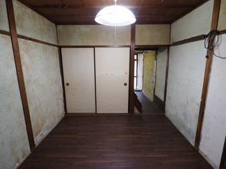 1階の居室は、床の貼り替え工事済みです♪