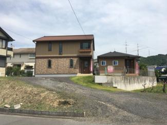 【外観】松山市 東野 中古住宅 2世帯