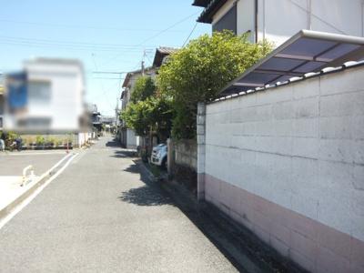 【前面道路含む現地写真】若松町3丁目戸建
