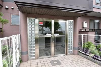【エントランス】サニーコート2 スモッティー阪急高槻店