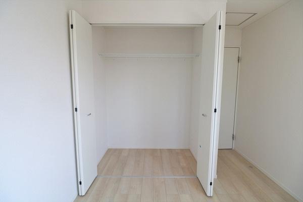 【収納】 2階7.2畳寝室の収納です♪