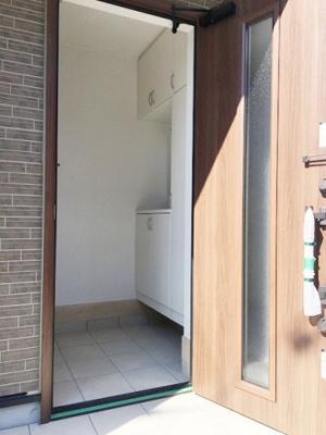 【玄関】熊取町五門東第1期 7号棟 新築戸建