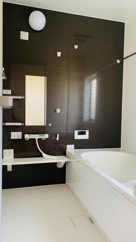 【同仕様施工例】1階トイレ 清潔感のあるトイレです。