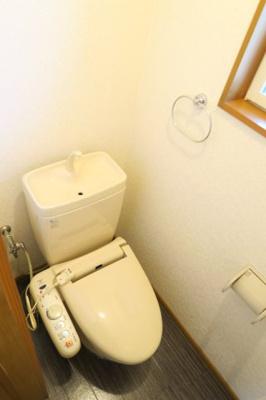 温水洗浄便座付です