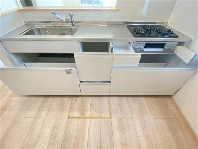 【キッチン】新築一戸建て「小田原市中里第13」全2棟/残2棟