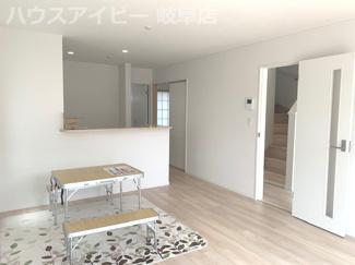 岐阜市東島 新築建売全2棟 お車スペース並列3台可能!インナーバルコニーのあるお家!グリーンポイント対象物件
