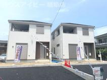 岐阜市東島 新築建売全2棟 お車スペース並列3台可能!インナーバルコニーのあるお家!の画像