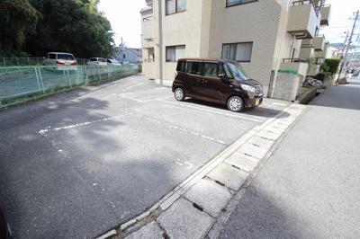 【駐車場】インターハイツパートナーマンション