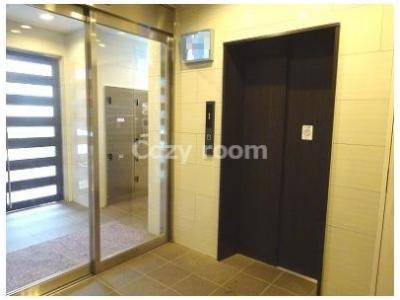 ロビーにあるエレベーターホール