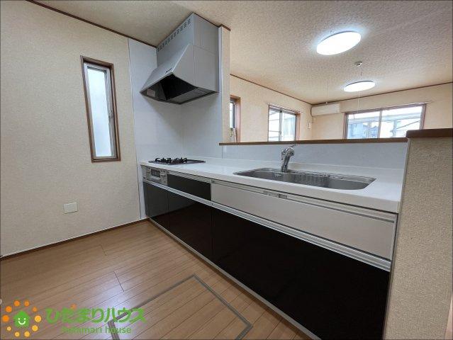 【キッチン】加須市旗井1丁目 中古一戸建て
