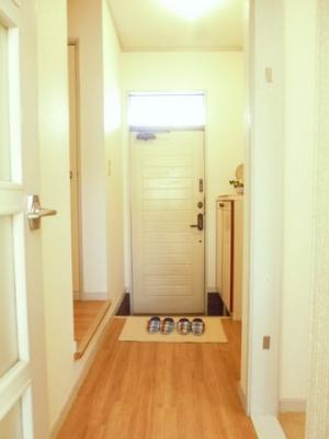 シューズボックス付きで玄関すっきり片付きます!お客様もスムーズにお出迎えできますね♪※参考写真※