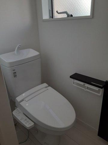 【トイレ】北東角地!LDK19.5帖、ロフト約6帖!