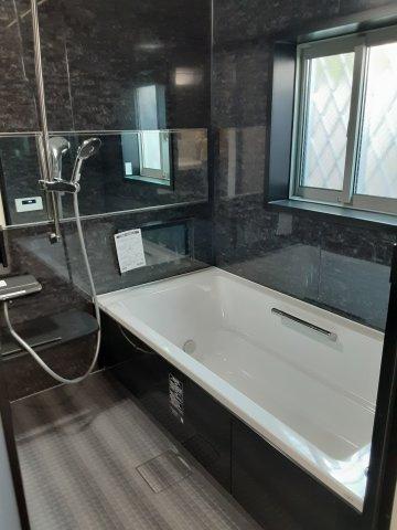 【浴室】北東角地!LDK19.5帖、ロフト約6帖!