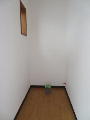 バイパスタウン3号室