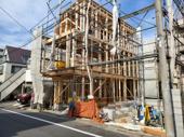 仲六郷中学校徒歩1分!子育て環境の充実した新築戸建!の画像