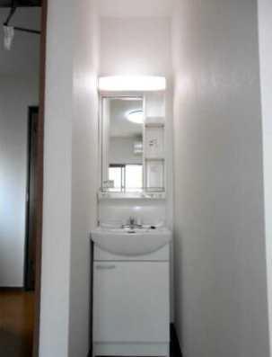 【洗面所】OKA三軒茶屋 2021年5月フルリノベーション済 独立洗面台 2人入居可