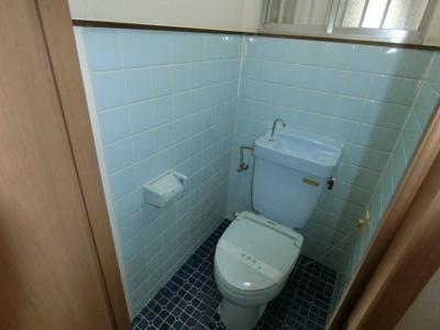 【トイレ】四條畷市江瀬美町連棟