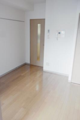 【居間・リビング】スカイコート三田慶大前