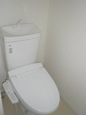【トイレ】ファーストフィオーレ本町イーストⅡ
