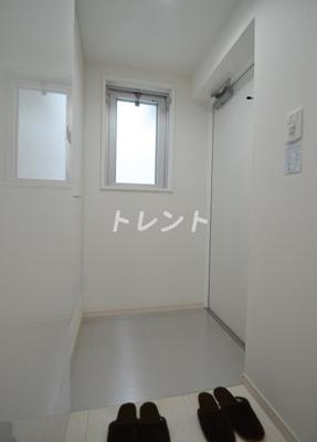 【玄関】レヴァンテ笹塚