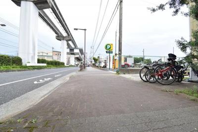 新青梅街道や五日市街道にも出やすく、お車でご通勤の方へもオススメの立地です。ぜひ現地をご確認下さい。