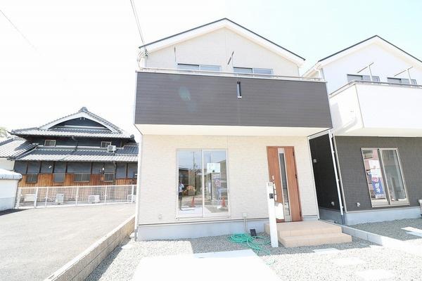 泉佐野市日根野の新築一戸建の画像